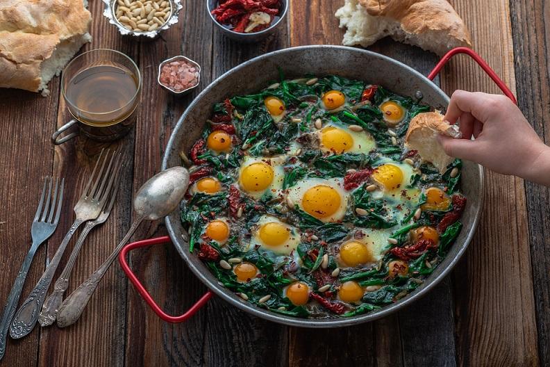 Ile jajek można jeść tygodniowo?
