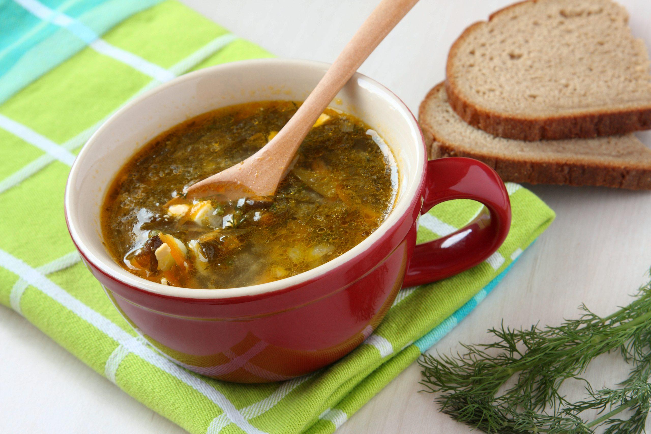 Zupa ogórkowa z twarogiem